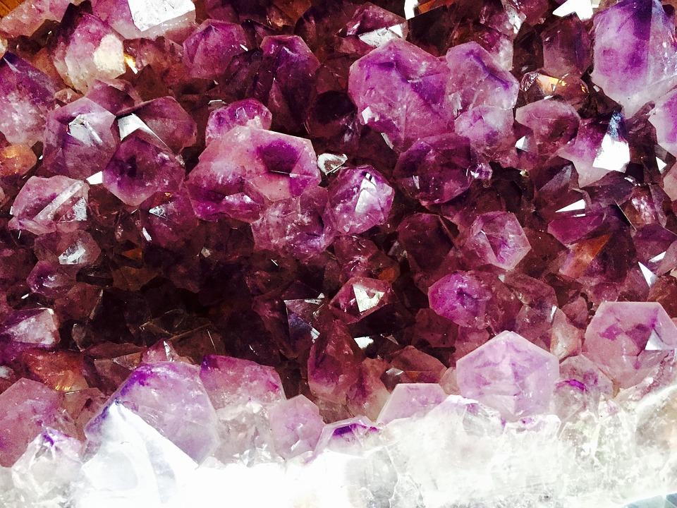 crystal-1405272_960_720.jpg